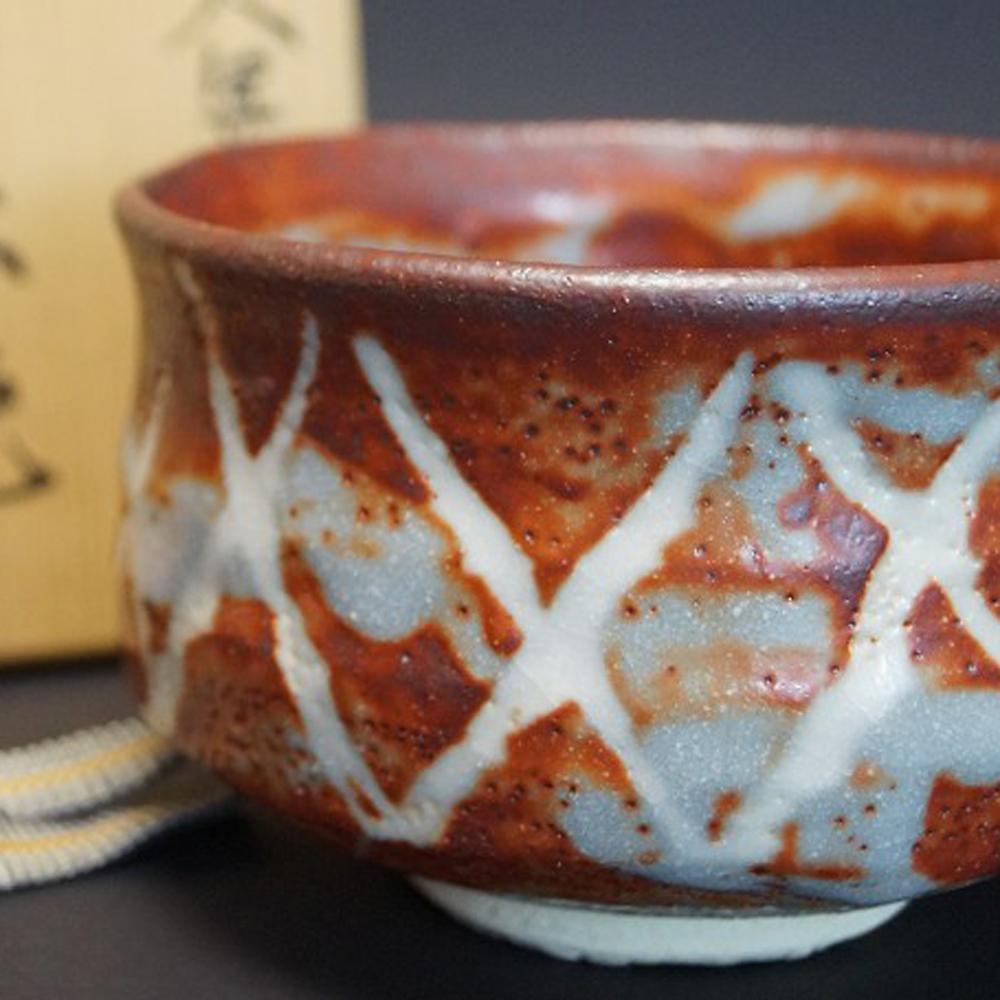 Handgetöpferte japanische Teeschale (Chawan) Shino Keramik Kizan Mizuno