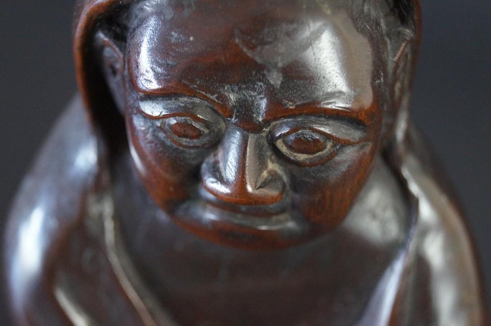 Japanische Bodhidharma (Daruma) Figur aus Hartholz